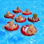 Príklad hry s dieťaťom vo vode